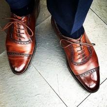 Как сочетать носки и деловой костюм?